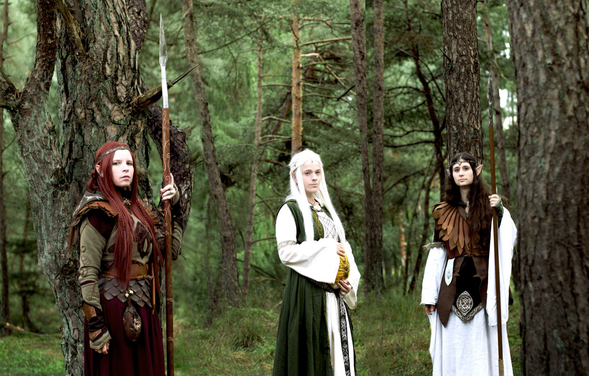 Linestyle_Artwork_Babybauch_Shooting_Tolkien_Fantasy_Cosplay_Anna_Mia_Rebecca