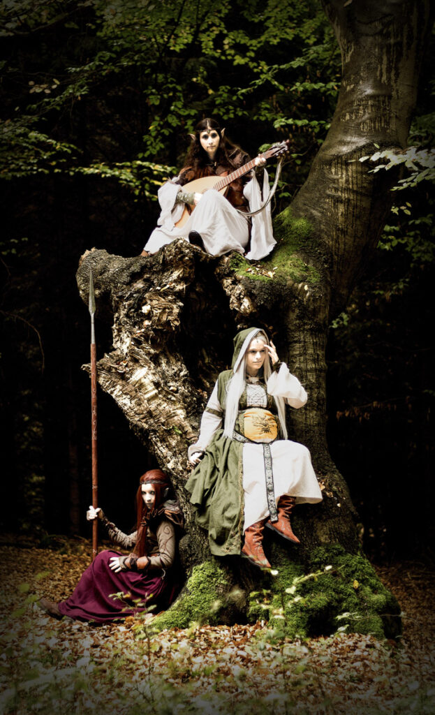 Linestyle_Artwork_Babybauch_Shooting_Tolkien_Fantasy_Cosplay_Anna_Mia_Rebecca_2